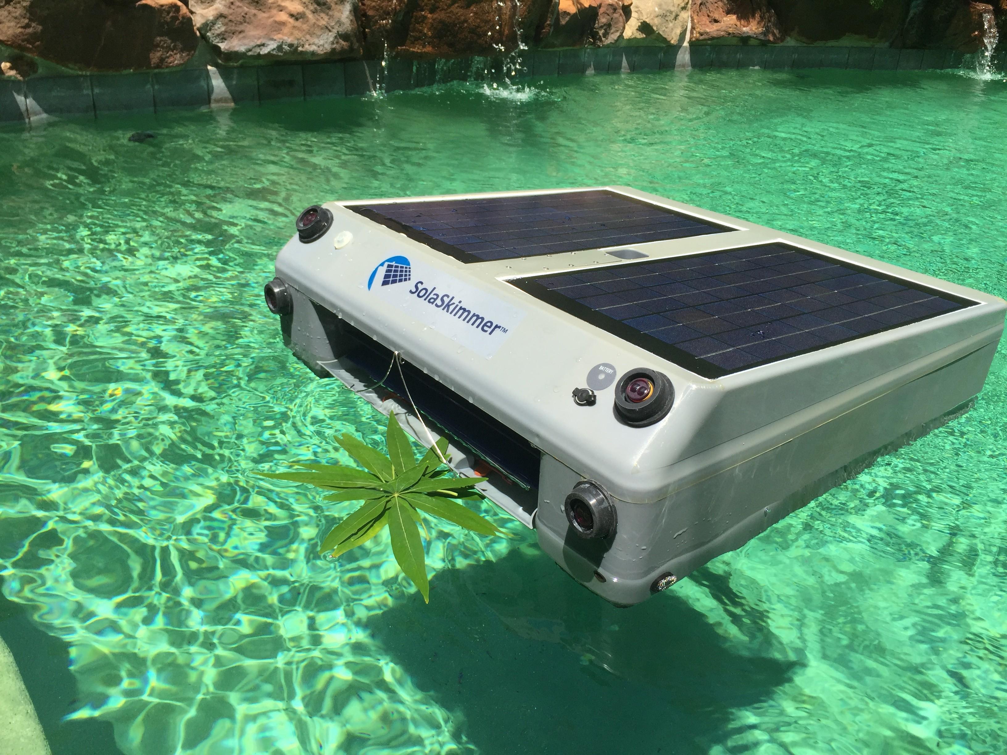 Solaskimmer Solar Powered Swimming Pool Skimmer